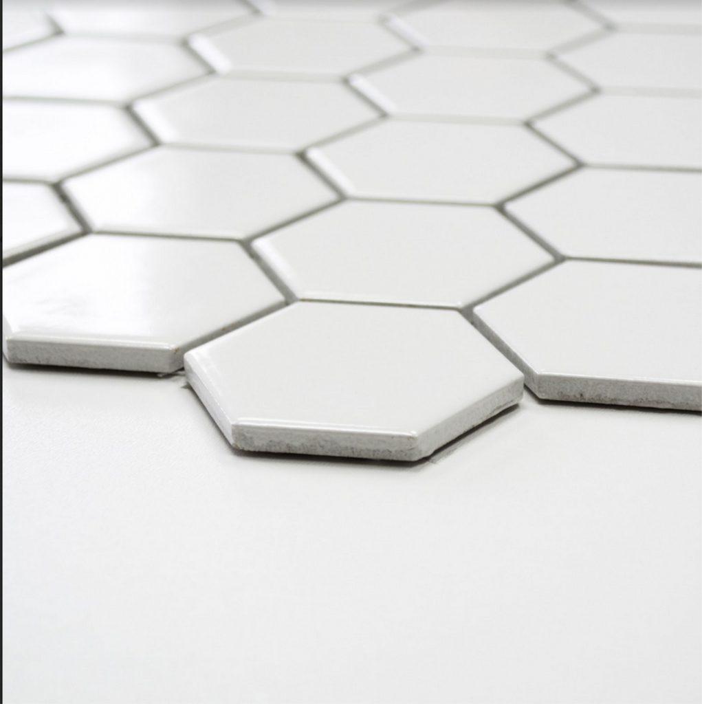 mozaika heksagonalna biała