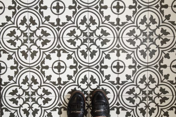 płytki patchwork biało czarne marokańskie